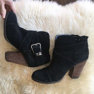 Betsey Johnson Neto Suede Ankle Boots Heeled Boots